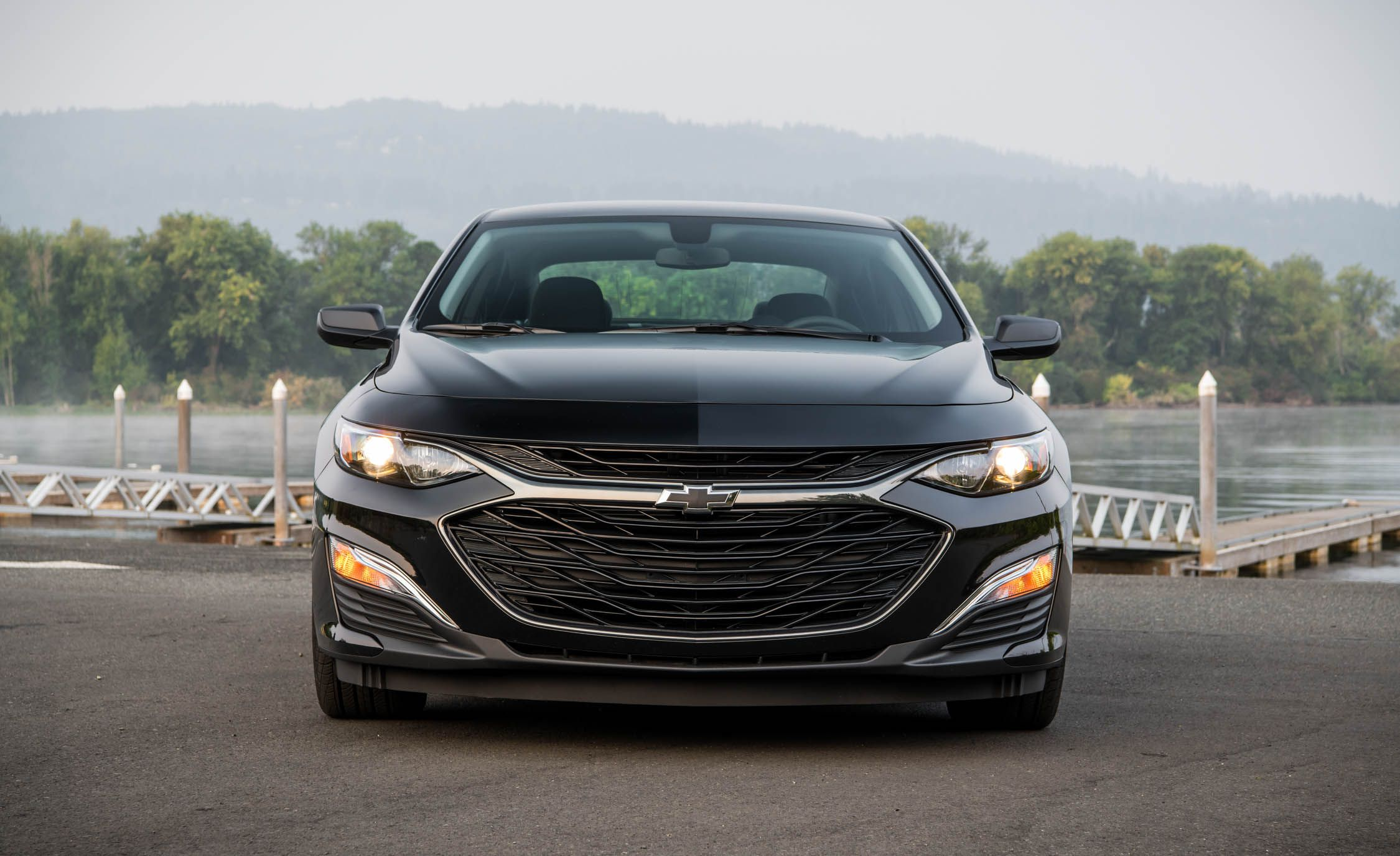 2019 Chevrolet Malibu RS Front Wallpapers (5)