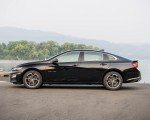 2019 Chevrolet Malibu RS Side Wallpapers 150x120 (9)