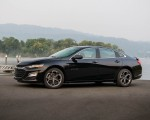 2019 Chevrolet Malibu RS Side Wallpapers 150x120 (11)