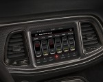 2019 Dodge Challenger SRT Hellcat Redeye Central Console Wallpaper 150x120 (50)