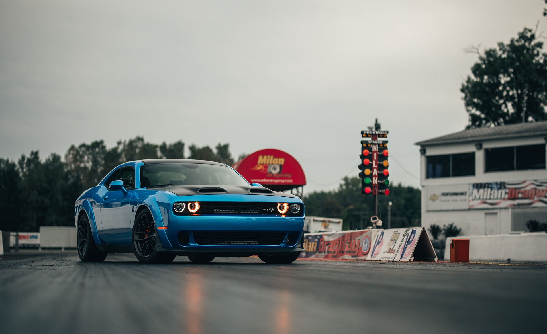 2019 Dodge Challenger SRT Hellcat Redeye Front Three-Quarter Wallpaper (7)