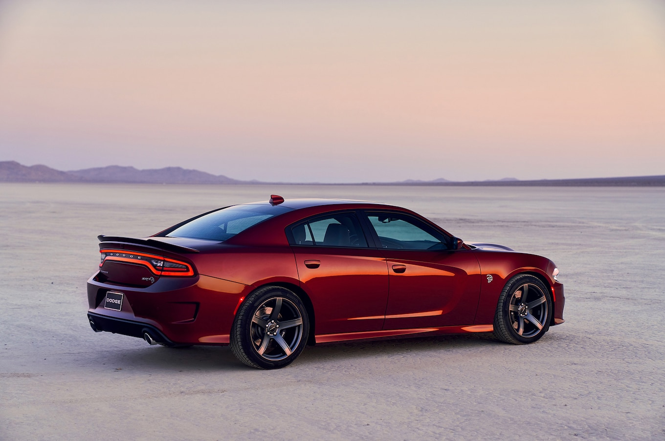 2019 Dodge Charger SRT Hellcat Rear Three-Quarter Wallpaper (3)