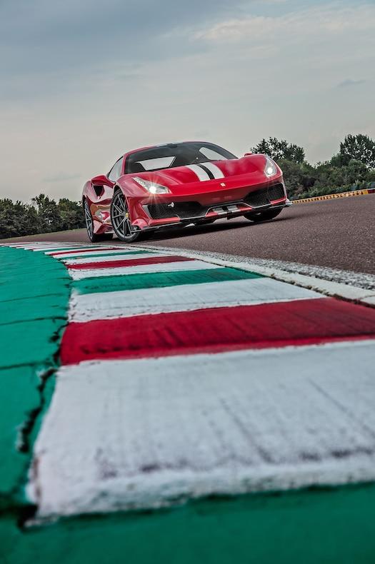2019 Ferrari 488 Pista Front Three-Quarter Wallpaper (11)