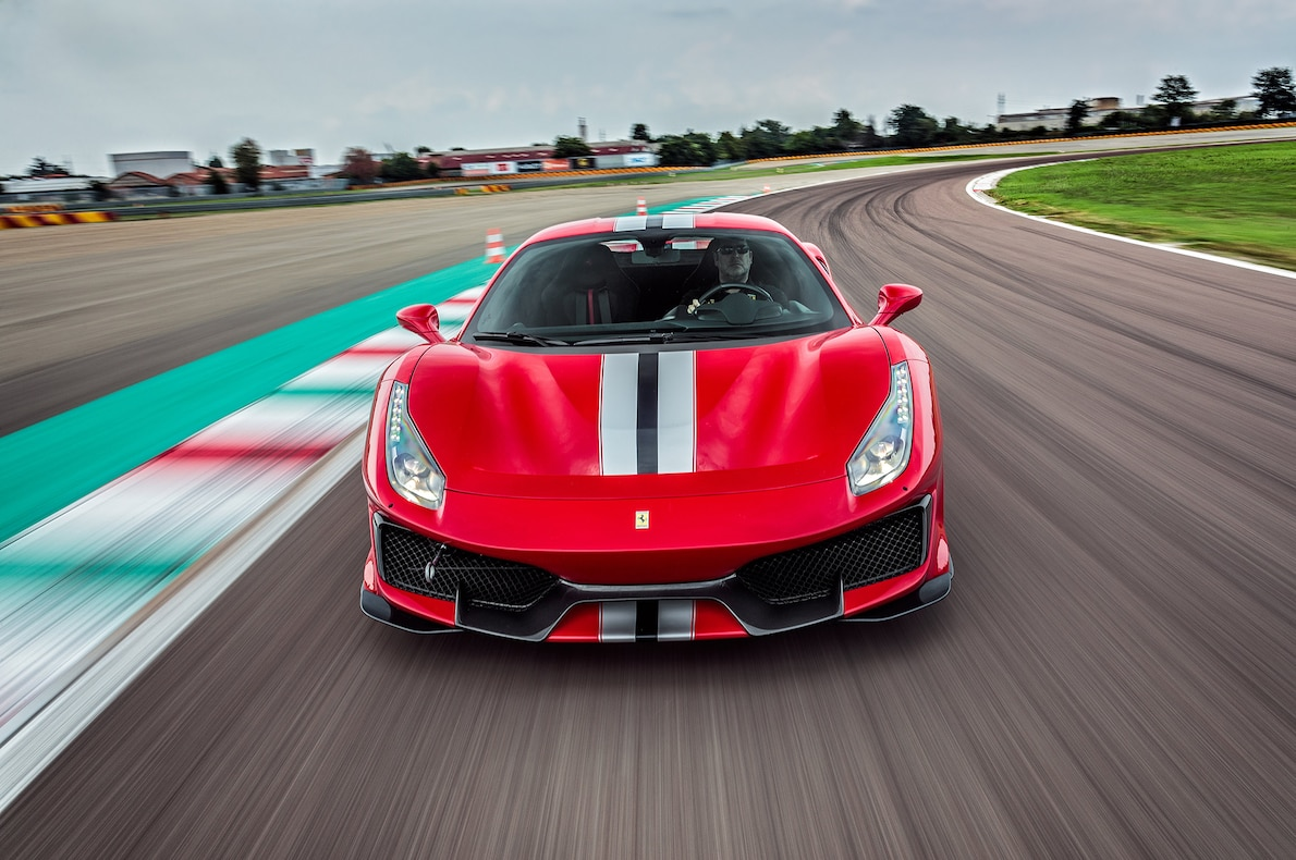 2019 Ferrari 488 Pista Front Wallpapers (1)