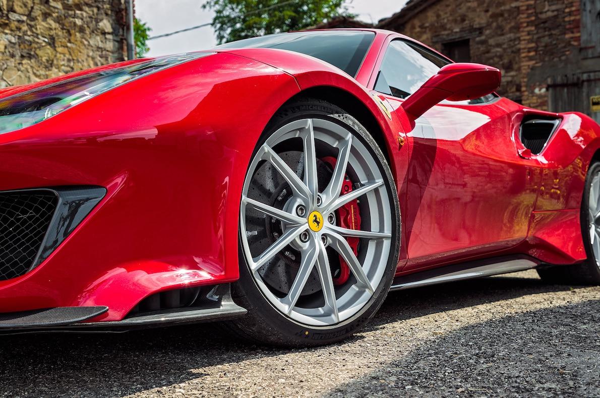 2019 Ferrari 488 Pista Wheel Wallpaper (12)