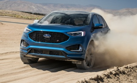 2019 Ford Edge ST Front Three-Quarter Wallpaper 450x275 (12)