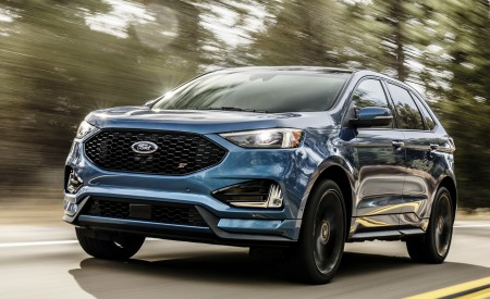 2019 Ford Edge ST Front Three-Quarter Wallpaper 450x275 (41)
