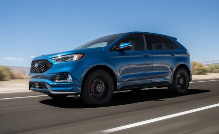 2019 Ford Edge ST Front Three-Quarter Wallpaper 450x275 (3)