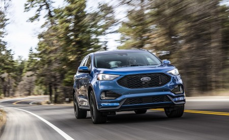 2019 Ford Edge ST Front Wallpaper 450x275 (42)