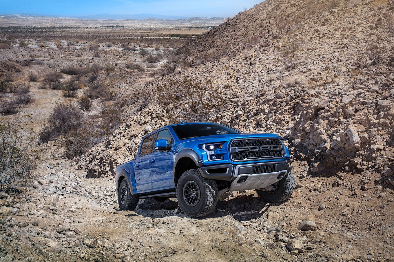 2019 Ford F‑150 Raptor Front Three-Quarter Wallpapers (15)