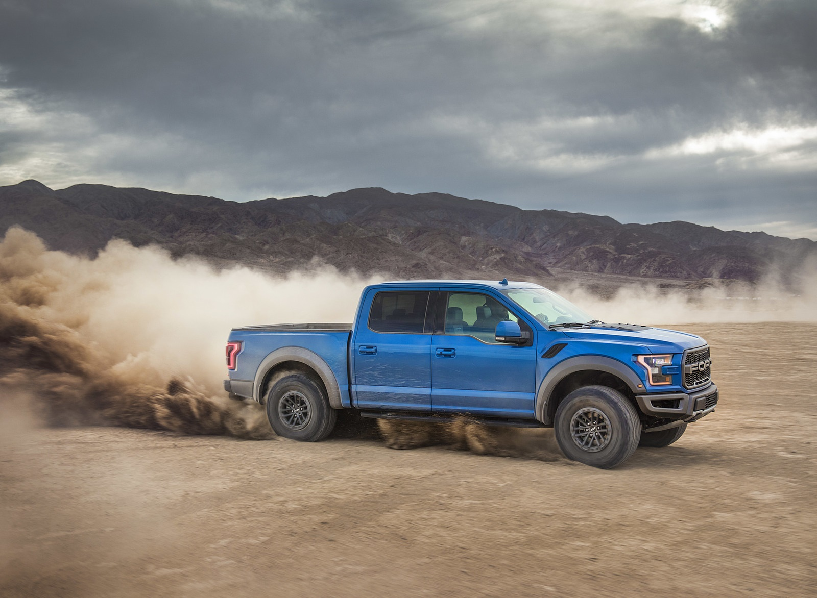 2019 Ford F-150 Raptor Side Wallpapers (12)
