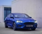 2019 Ford Focus Hatchback ST-Line Front Three-Quarter Wallpapers 150x120 (18)