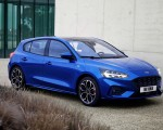 2019 Ford Focus Hatchback ST-Line Front Three-Quarter Wallpapers 150x120 (11)