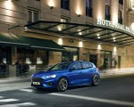 2019 Ford Focus Hatchback ST-Line Front Three-Quarter Wallpapers 150x120 (6)