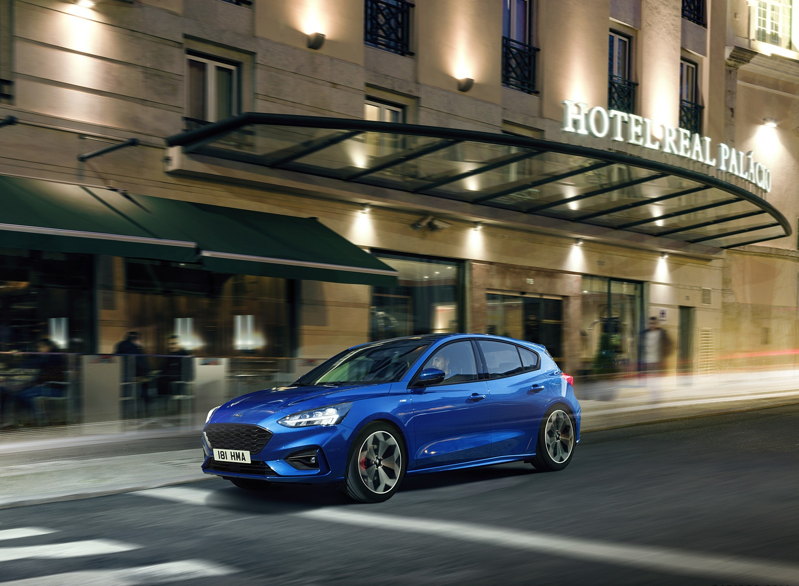 2019 Ford Focus Hatchback ST-Line Front Three-Quarter Wallpapers (6)