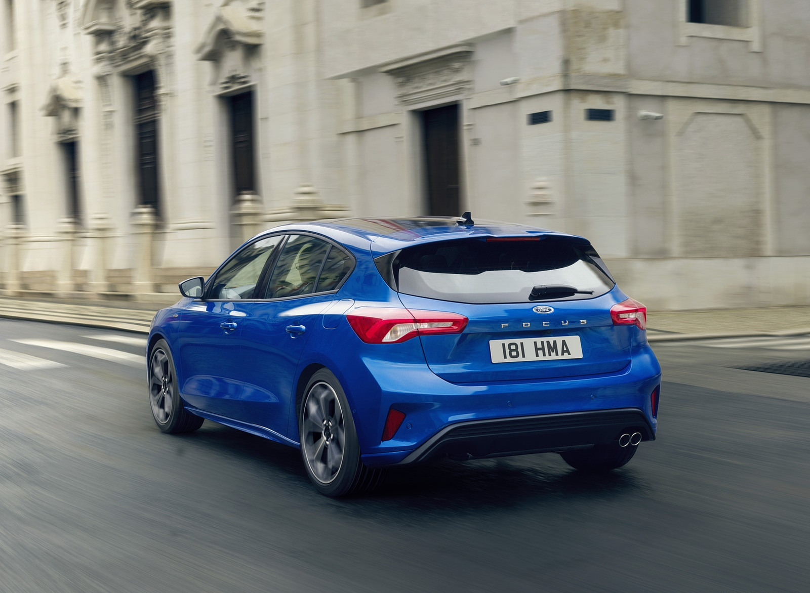 2019 Ford Focus Hatchback ST-Line Rear Three-Quarter Wallpapers (4)