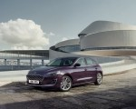 2019 Ford Focus Hatchback Vignale Front Three-Quarter Wallpaper 150x120 (41)