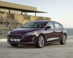 2019 Ford Focus Hatchback Vignale Front Three-Quarter Wallpaper 150x120 (35)
