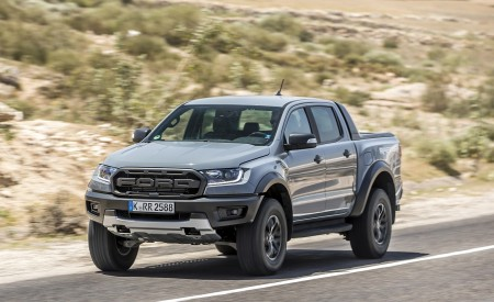 2019 Ford Ranger Raptor (Color: Conquer Grey) Front Three-Quarter Wallpapers 450x275 (3)