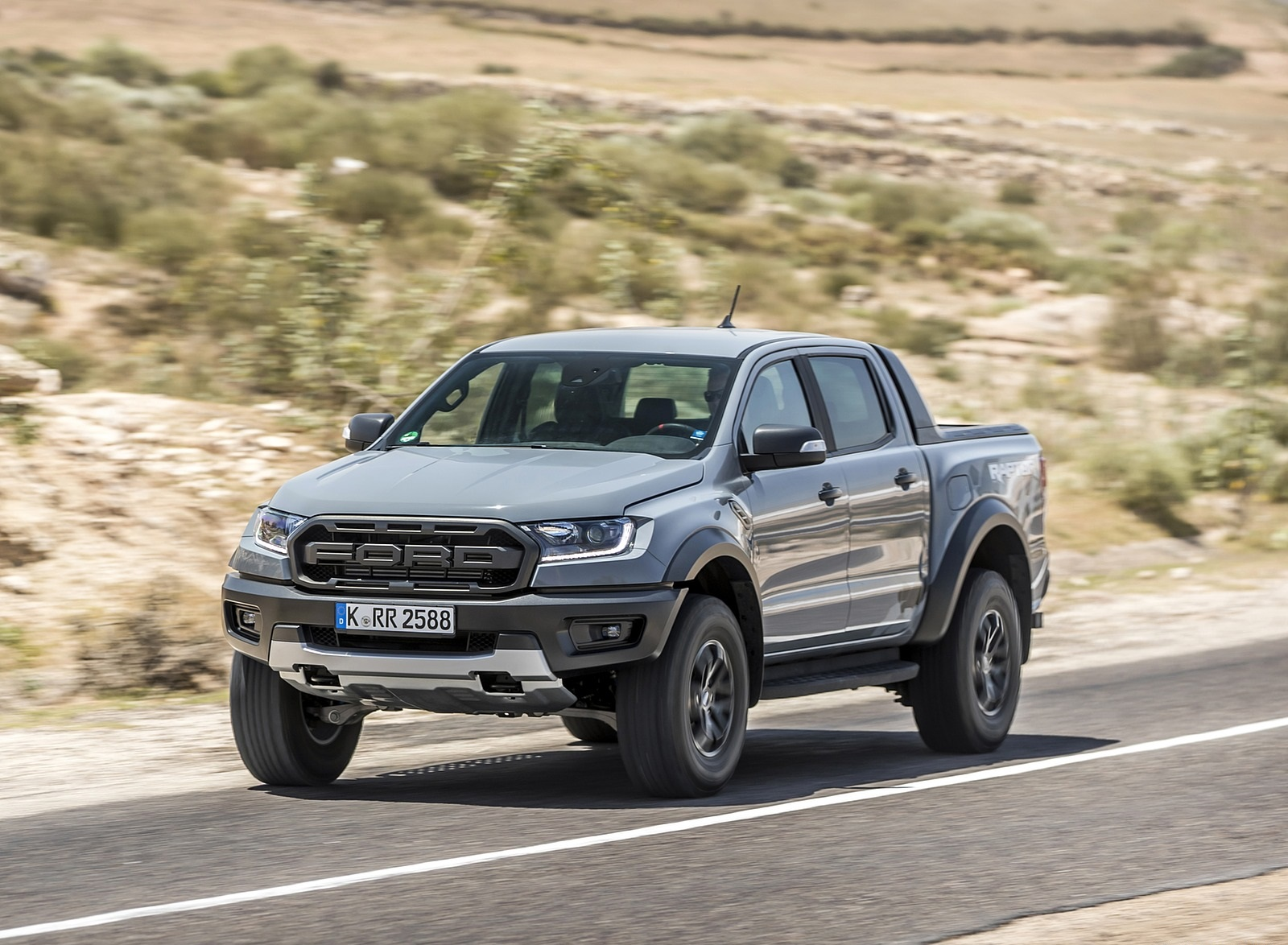 2019 Ford Ranger Raptor (Color: Conquer Grey) Front Three-Quarter Wallpapers (3)