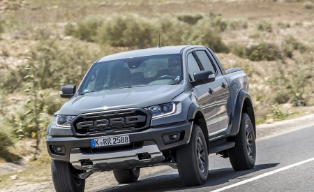 2019 Ford Ranger Raptor (Color: Conquer Grey) Front Three-Quarter Wallpapers 450x275 (14)