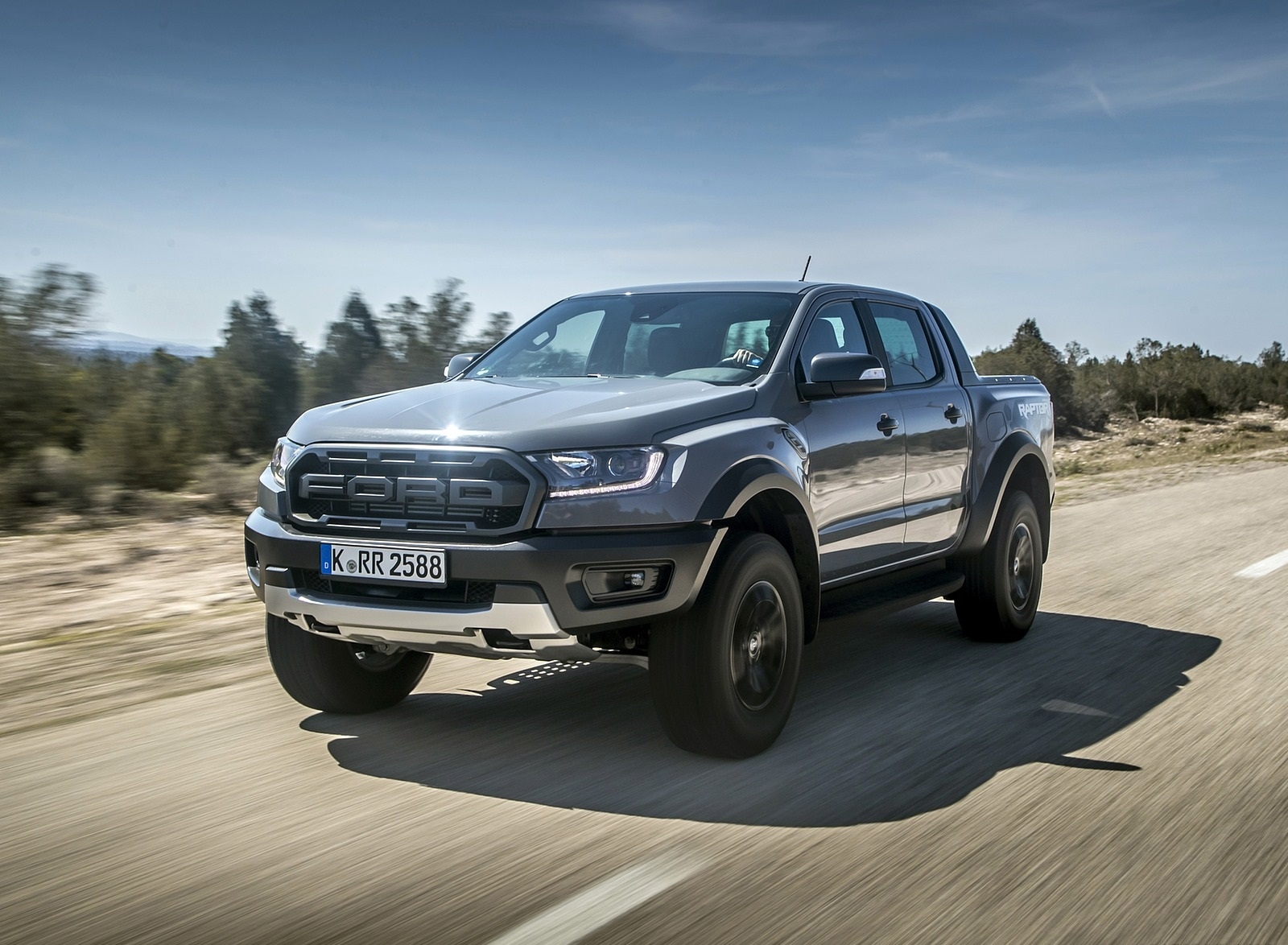 2019 Ford Ranger Raptor (Color: Conquer Grey) Front Three-Quarter Wallpapers (1)