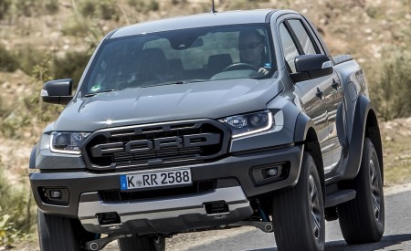 2019 Ford Ranger Raptor (Color: Conquer Grey) Front Wallpapers 450x275 (18)