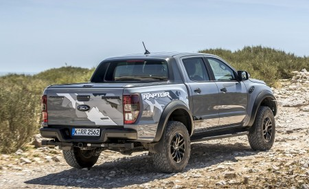 2019 Ford Ranger Raptor (Color: Conquer Grey) Off-Road Wallpapers 450x275 (38)