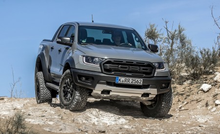 2019 Ford Ranger Raptor (Color: Conquer Grey) Off-Road Wallpapers 450x275 (26)