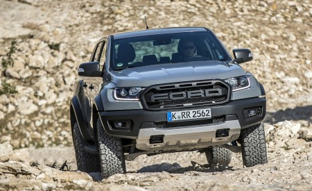 2019 Ford Ranger Raptor (Color: Conquer Grey) Off-Road Wallpapers 450x275 (36)