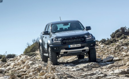 2019 Ford Ranger Raptor (Color: Conquer Grey) Off-Road Wallpapers 450x275 (34)