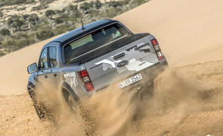 2019 Ford Ranger Raptor (Color: Conquer Grey) Off-Road Wallpapers 450x275 (45)