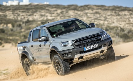 2019 Ford Ranger Raptor (Color: Conquer Grey) Off-Road Wallpapers 450x275 (44)