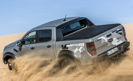 2019 Ford Ranger Raptor (Color: Conquer Grey) Off-Road Wallpapers 450x275 (35)