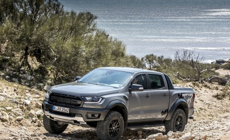 2019 Ford Ranger Raptor (Color: Conquer Grey) Off-Road Wallpapers 450x275 (31)