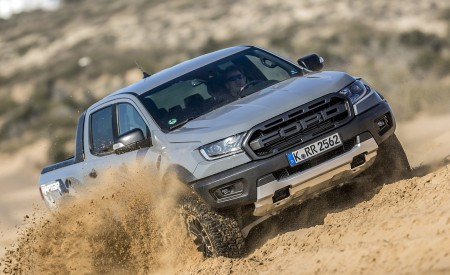 2019 Ford Ranger Raptor (Color: Conquer Grey) Off-Road Wallpapers 450x275 (41)
