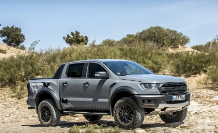 2019 Ford Ranger Raptor (Color: Conquer Grey) Off-Road Wallpapers 450x275 (28)