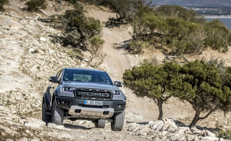 2019 Ford Ranger Raptor (Color: Conquer Grey) Off-Road Wallpapers 450x275 (23)