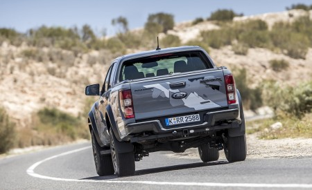 2019 Ford Ranger Raptor (Color: Conquer Grey) Rear Wallpapers 450x275 (21)