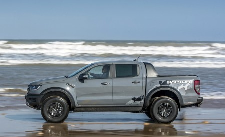 2019 Ford Ranger Raptor (Color: Conquer Grey) Side Wallpapers 450x275 (50)