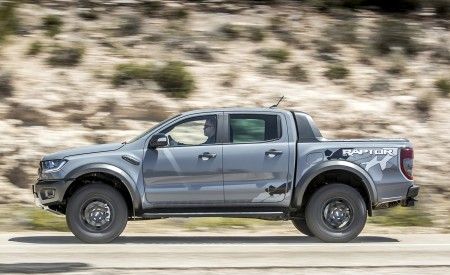 2019 Ford Ranger Raptor (Color: Conquer Grey) Side Wallpapers 450x275 (22)