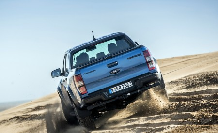 2019 Ford Ranger Raptor (Color: Performance Blue) Off-Road Wallpapers 450x275 (130)