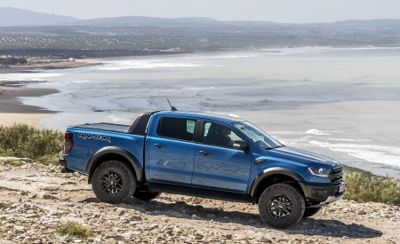 2019 Ford Ranger Raptor (Color: Performance Blue) Off-Road Wallpapers 450x275 (119)
