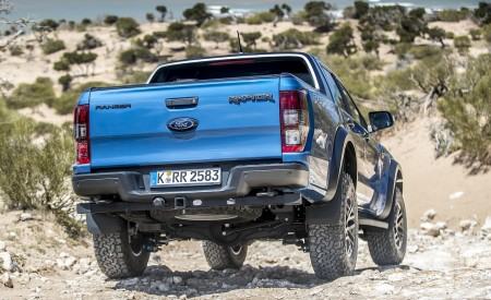 2019 Ford Ranger Raptor (Color: Performance Blue) Off-Road Wallpapers 450x275 (113)