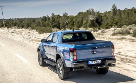 2019 Ford Ranger Raptor (Color: Performance Blue) Rear Three-Quarter Wallpapers 450x275 (91)