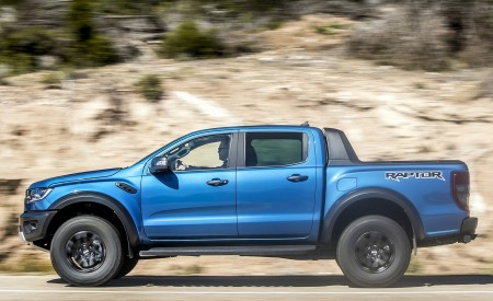 2019 Ford Ranger Raptor (Color: Performance Blue) Side Wallpapers 450x275 (109)