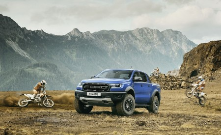 2019 Ford Ranger Raptor Front Three-Quarter Wallpapers 450x275 (174)
