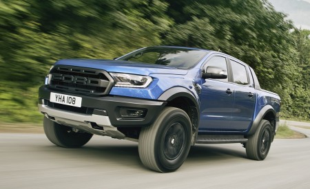 2019 Ford Ranger Raptor Front Three-Quarter Wallpapers 450x275 (157)