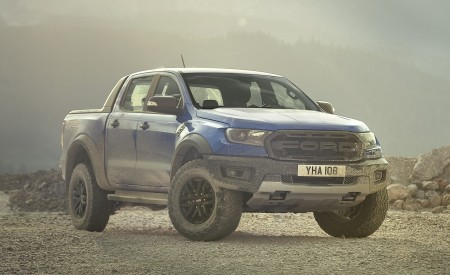 2019 Ford Ranger Raptor Front Three-Quarter Wallpapers 450x275 (164)
