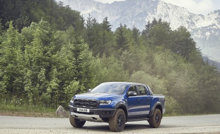2019 Ford Ranger Raptor Front Three-Quarter Wallpapers 450x275 (162)